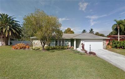 Fort Myers Single Family Home For Sale: 1380 Burgundy Dr