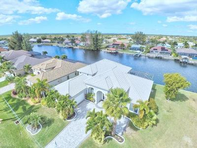 Cape Coral Single Family Home For Sale: 2705 SW 30th Ter