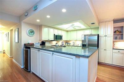 Captiva, Sanibel Condo/Townhouse For Sale: 1299 Middle Gulf Dr #221