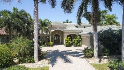 Cape Coral Single Family Home For Sale: 5748 Staysail Ct