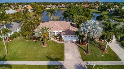 Cape Coral Single Family Home For Sale: 5417 Sands Blvd