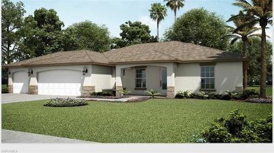 Cape Coral Single Family Home For Sale: 922 Nicholas Pky W
