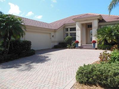 Fort Myers Single Family Home For Sale: 8799 New Castle Dr