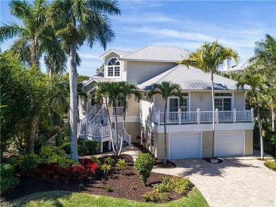 Sanibel Single Family Home For Sale: 911 Almas Ct