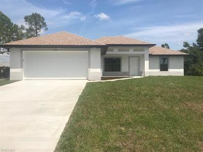 Fort Myers Single Family Home For Sale: 14181 Cherrydale St