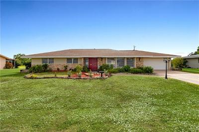 Lehigh Acres Single Family Home For Sale: 308 Hollywood St