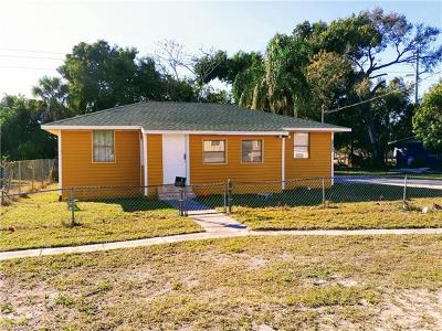 Fort Myers Single Family Home For Sale: 2022 Cuba St