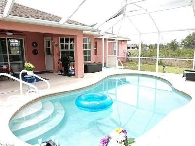 Lehigh Acres Single Family Home For Sale: 2606 22nd St W