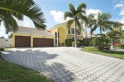 Cape Coral Single Family Home For Sale: 1520 SW 57th Ter