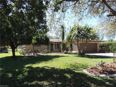 Fort Myers Single Family Home For Sale: 6453 Park Rd