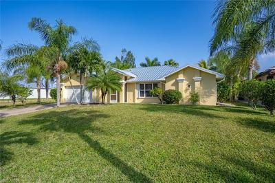Lee County Single Family Home For Sale: 4305 NW 33rd St