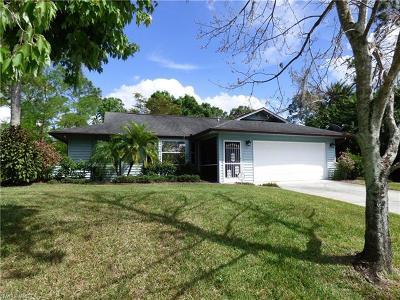 Lehigh Acres Single Family Home For Sale: 227 Wanatah Ave S