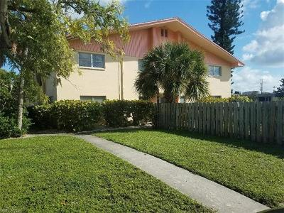 Cape Coral Condo/Townhouse For Sale: 4901 Victoria Dr #108