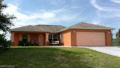 Lehigh Acres Single Family Home For Sale: 182 Pembroke St