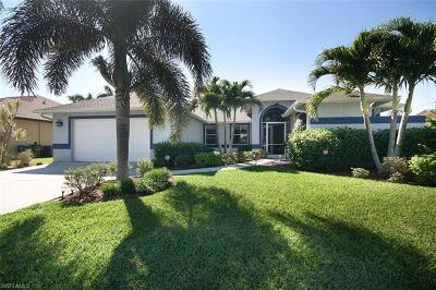 Cape Coral Single Family Home For Sale: 3106 SE 17th Ave