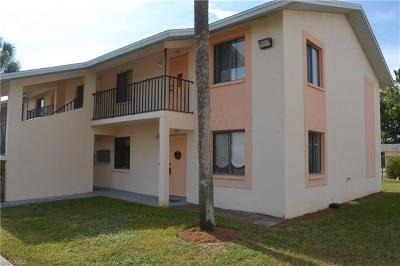 Cape Coral Condo/Townhouse For Sale: 4912 Vincennes Ct #104