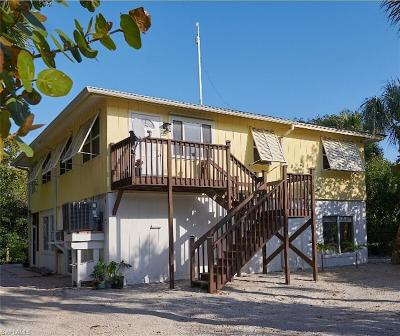 Captiva Single Family Home For Sale: 651 Rum Rd