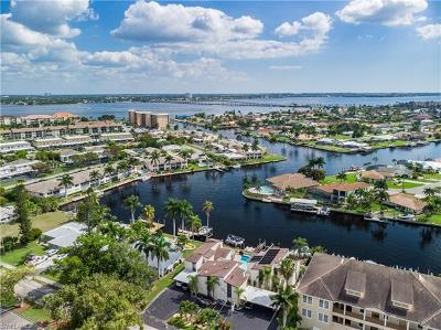 Cape Coral Condo/Townhouse For Sale: 1820 Beach Pky #A