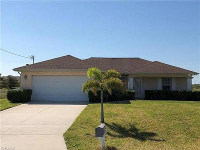 Cape Coral Single Family Home For Sale: 3812 NW 40th Ln
