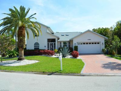 Fort Myers Single Family Home For Sale: 14987 Bonaire Cir