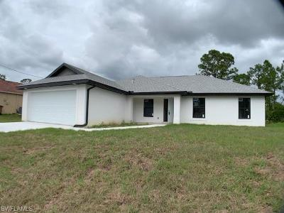 Lehigh Acres Single Family Home For Sale: 2802 9th St W