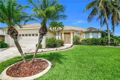 Cape Coral Single Family Home For Sale: 5216 SW 18th Ave