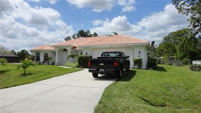 Lehigh Acres Single Family Home For Sale: 1213 Scott Ave