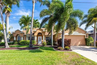 Cape Coral Single Family Home For Sale: 2301 SW 50th Ln