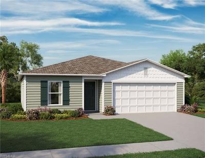 Cape Coral Single Family Home For Sale: 317 El Dorado Blvd N