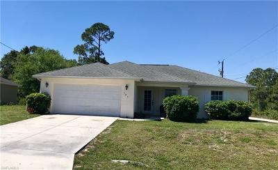 Lehigh Acres Single Family Home For Sale: 105 Colin Ave N