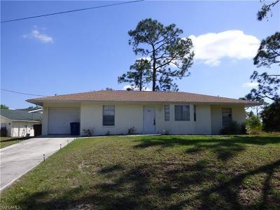 Lehigh Acres Single Family Home For Sale: 700 Eighth Ave