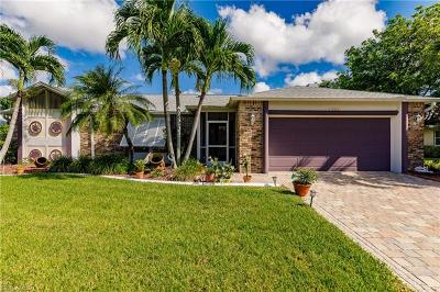 Cape Coral Single Family Home For Sale: 1211 SW 49th Ter