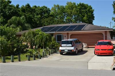 Cape Coral Single Family Home For Sale: 1909 SE 15th Ter