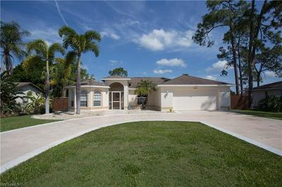 Fort Myers Single Family Home For Sale: 2211 Crystal Dr