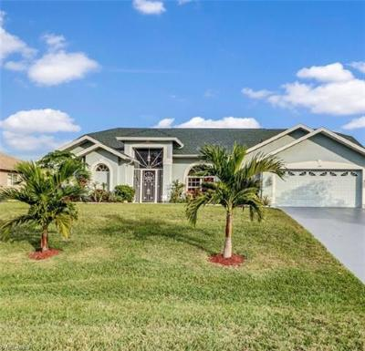 Cape Coral Single Family Home For Sale: 1409 SW 18th Ter