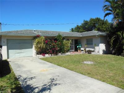 Cape Coral Single Family Home For Sale: 1109 Lincoln Ct