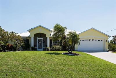 Cape Coral Single Family Home For Sale: 516 SE 14th Ter