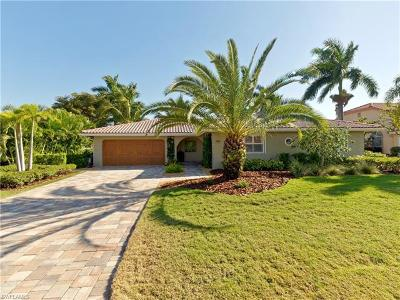 Fort Myers Single Family Home For Sale: 956 Wittman Dr