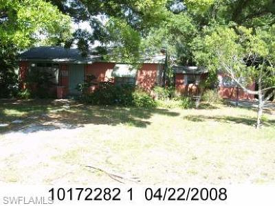Fort Myers Multi Family Home For Sale: 2303 Clifford St