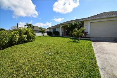 Cape Coral Single Family Home For Sale: 3043 SW 24th Ave