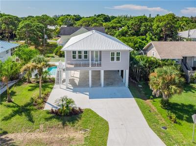Bokeelia Single Family Home For Sale: 7799 Breakwater Ct