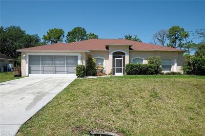 Lehigh Acres Single Family Home For Sale: 1403 Elaine Ave N