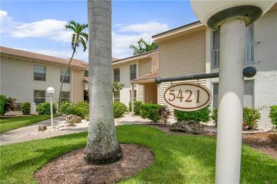 Fort Myers Condo/Townhouse For Sale: 5421 Peppertree Dr #2