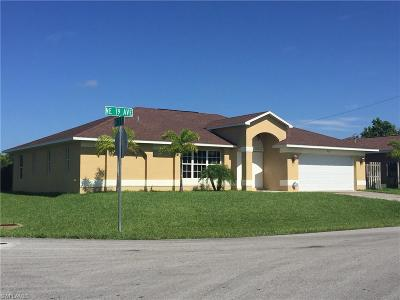 Cape Coral Single Family Home For Sale: 302 NE 19th Ave