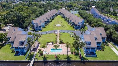 Fort Myers Condo/Townhouse For Sale: 3661 Edgewood Ave