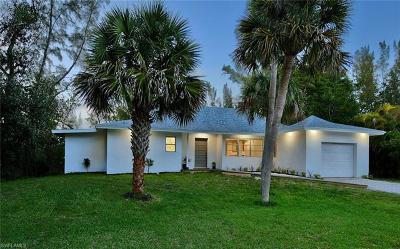 Captiva, Sanibel Single Family Home For Sale: 1585 Bunting Ln