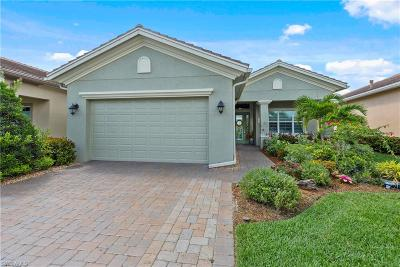 Fort Myers Single Family Home For Sale: 12768 Fairway Cove Ct