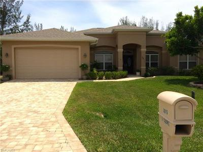 Cape Coral Single Family Home For Sale: 3015 SE 5th Ct