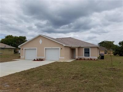 Cape Coral Multi Family Home For Sale: 1910/1912 SW 15th Pl