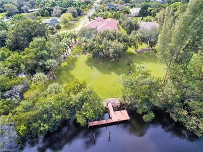 Fort Myers Single Family Home For Sale: 7070 Philips Creek Ct